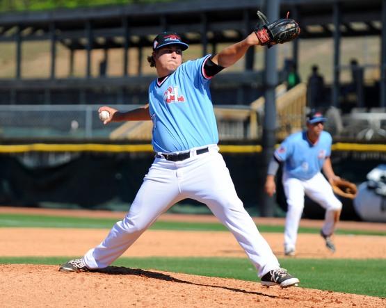 Erik Swanson pitching